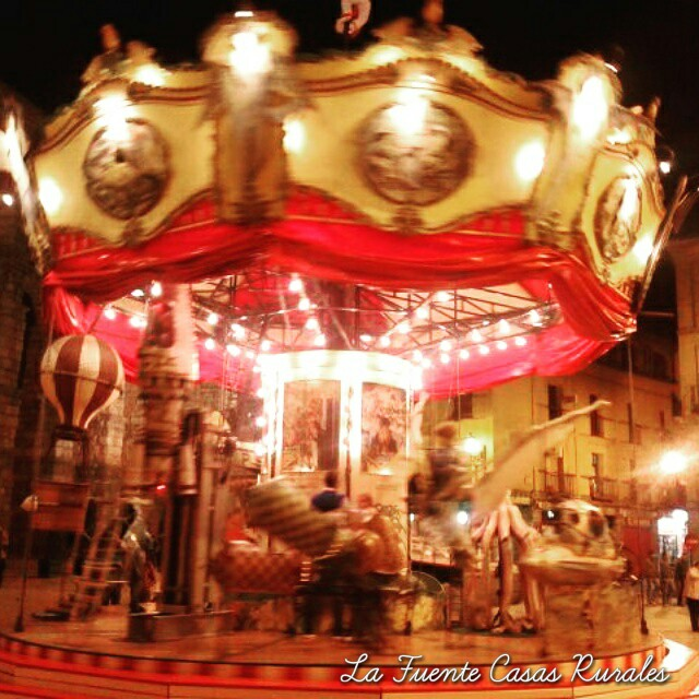 Oferta especial Titirimundi 2017. Segovia. Oferta fin de semana del 12 al 14 de mayo. Oferta puente de San Isidro.