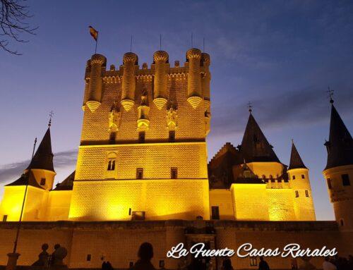 – Visita nocturna al Alcázar de Segovia.