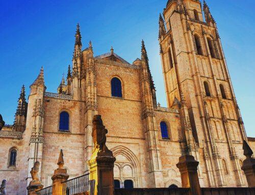 – La Torre de la Catedral de Segovia.